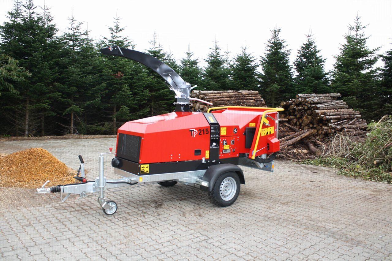 Broyeur de branches thermique / déchiqueteuse de branches thermique, diamètre 215 mm.
