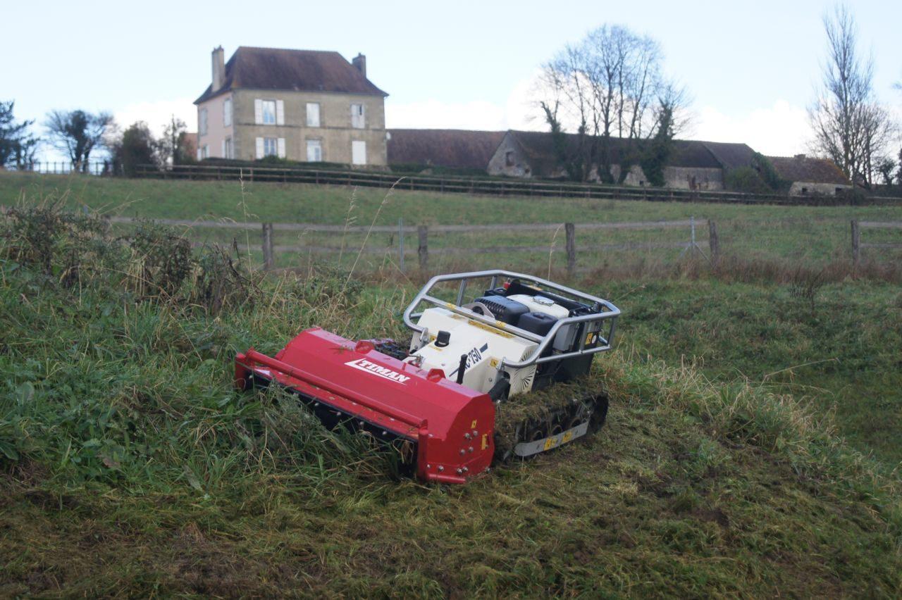 ... D Broussailleuse De Pente Radio Command Rc 750 For Tondeuse Autoportee  Pour Terrain En Pente ...