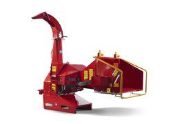 Broyeur de branches derrière tracteur / déchiqueteuse de branches derrière tracteur, diamètre 200 mm.