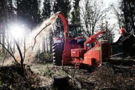 Broyeur de branches /déchiqueteuse de branches derrière tracteur, diamètre 270 mm.