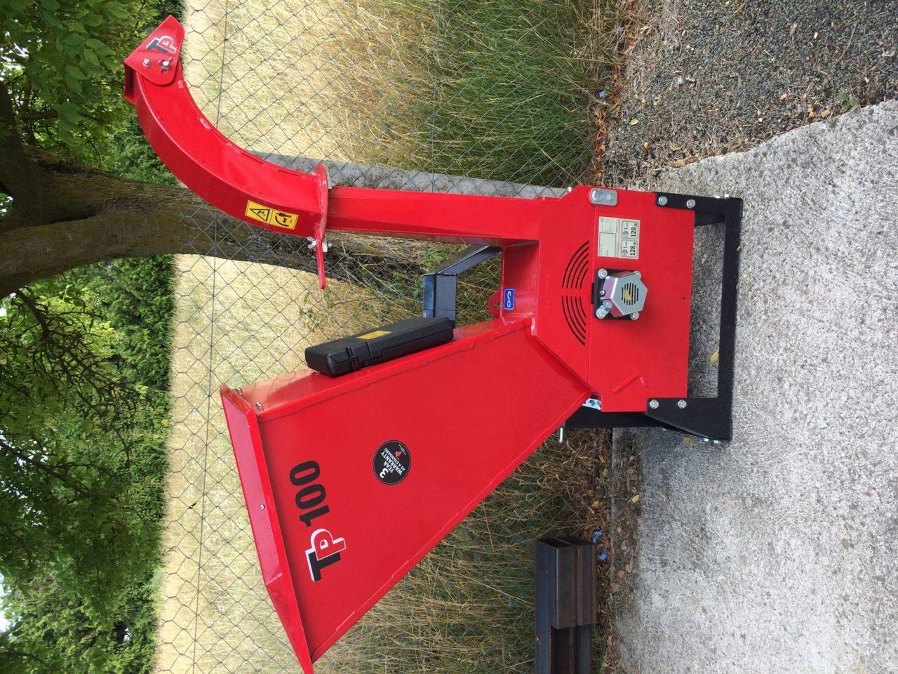 Broyeur de branches derri re tracteur diam tre 100 mm - Broyeur a branche ...